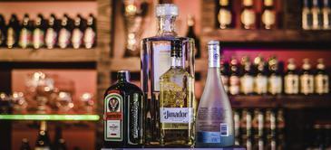 Curso de preparación de bebidas con licores