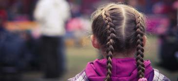 Curso de peinado infantil con trenzas
